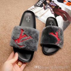 2018 Luxury Brand Sweet Candy Color Summer Women Real Natural Feather  Turkey Fur Fuzzy Slippers Slides Mules Women Open Toe Flat Shoes Dansko  Sandals Tall ... 41b810c694e9