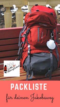 Was kommt rein den Rucksack, wenn du den Jakobsweg / Camino de Santiago gehen m. Bushcraft Camping, Camping And Hiking, Camping Survival, Train Travel, Travel Bag, Travel Packing, Camping Holiday, The Camino, Florida Travel