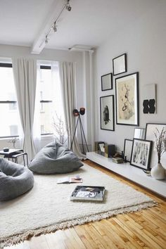 48 Unique Living Room Decor Ideas For Home Design - Many Americans are downsizing their homes due to the bad economy. This presents new design challenges to people who may not be used to living in small. Bean Bag Living Room, Condo Living Room, Living Room Furniture, Living Room Decor, Bedroom Decor, Bean Bag Room, Bedroom Ideas, Nordic Living Room, Dining Room