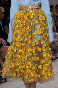 New york fashion 591097519832616063 - Michael Kors at New York Fashion Week Spring 2015 Michael Kors at New York Fashion Week Spring 2015 – Details Runway Photos Source by Fashion Details, Look Fashion, High Fashion, Fashion Design, Petite Fashion, 70s Fashion, Winter Fashion, Womens Fashion, New York Fashion