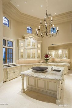 Tall ceiling, and cabinets that make it work