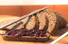 Low Carb Rezepte: Low Carb Brot mit Sesammehl