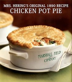 The Digital Research Library of Illinois History Journal™: Mrs. Hering's Original 1890 Chicken Pot Pie Recipe that Launched Marshall Field's Food Service and the Walnut Room Restaurant. Pie Recipes, Chicken Recipes, Dinner Recipes, Chicken Alfredo Pizza, One Pot Dishes, Yum Yum Chicken, Fabulous Foods, Everyday Food, Restaurant Recipes