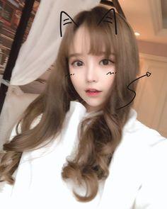 Instagram post by @mmyyyxx • Apr 19, 2018 at 3:09am UTC Korean Girl Fashion, Young Fashion, Cute Girls, Cool Girl, Pretty Girls, Girl Korea, China Girl, Cute Korean Girl, Grunge Girl