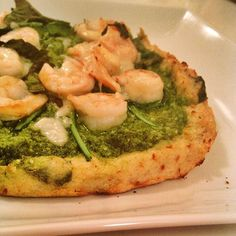 Delicious cauliflower crust pizza and Honestly Fitness cashew pesto (recipe for the pesto on www.honestlyfitness.com). A great and healthy dinner :) #cauliflowerpizza #pizza