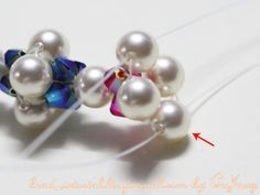 Tutorial : Crystal Bracelet #21 Level : Beginner Technique : Crossweaving Equipment - Crystal 4 mm. (My colors are Capri Blue AB2X and Light Siam AB2X) - Pearl 6 mm. - Monofilament Beading Thread (0.25mm). (more info in this tutorial .) - Clasp - Jumprings (optional if you connect clasp directly…