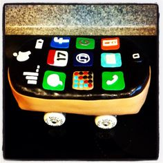 iPhone skateboard cake