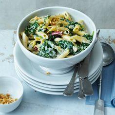ESSEN & TRINKEN - Pasta mit Gorgonzola und Spinat Rezept