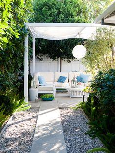 traditional patio by Molly Wood Garden Design. I like the fabric/lamp on the pergola. Backyard Canopy, Pergola Patio, Backyard Landscaping, Landscaping Design, Gravel Patio, Diy Patio, Backyard Patio, Patio Ideas, Walkway Ideas