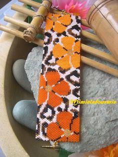 Bracelet Manchette Miyuki - Léopard Fleuri - tissage peyote : Bracelet par mimielafourmie-perle: