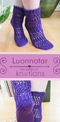 Free knitting pattern for a toe-up pair of socks with an easy mesh section interspersed with a ribbed section to provide stylish stretch for improved fit.