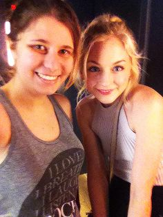 """Emily meets fans - Viena Chicago """"This Is War Tour"""""""