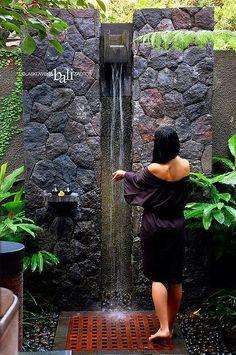 Resultado de imagem para indonesian exterior bathe Plus Outdoor Baths, Outdoor Bathrooms, Outdoor Toilet, Outside Showers, Outdoor Showers, Outdoor Spaces, Outdoor Living, Landscape Design, Garden Design