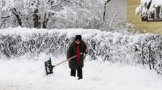 Shoveling, plowing and pushing in Alberta not over yet, says climatologist