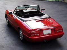 Alfa Romeo Spider #alfa #alfaromeo #italiancars @automobiliahq
