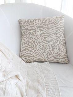 Návliečka na vankúš prírodná s koralom - rêve de vivre - sen o bývaní Bed Pillows, Pillow Cases, Pillows