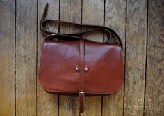 Brown leather handbag 'Paulette' by Labaita.