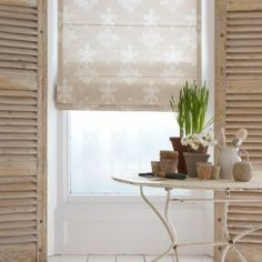 How to dress your windows - Interior Design Tips http://interior-design-tips.com/dress-windows/