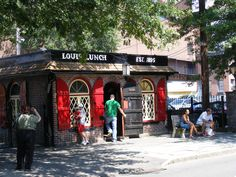 louis'lunch- birthplace of the hamburger - new haven ,connecticut