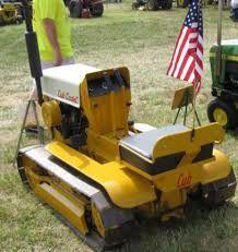 home built road grader Small Tractors, Old Tractors, Lawn Tractors, Garden Tractor Pulling, Cub Cadet, Small Engine, Pebble Beach, Heavy Equipment, Lawn Mower