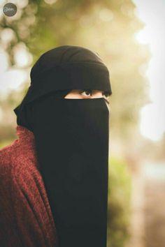 Hijab Niqab, Muslim Hijab, Mode Hijab, Arab Girls Hijab, Muslim Girls, Muslim Couples, Beautiful Muslim Women, Beautiful Hijab, Niqab Fashion