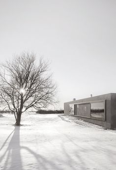 Both vernacular agricultural architecture and a distinctive landscape provided the inspiration for the Atrium House, located on Gotland island in Sweden. Maison Atrium, Casa Atrium, Rendered Houses, Stockholm, Forest House, Prefab Homes, House Floor Plans, House Design, Outdoor