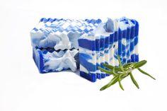 barre de savon biologique au romarin,barre de savon végétale, cheveux, produit bain, produit douche, savon fait main, savon vegan
