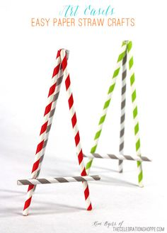 Easy Paper Straw Easel Craft for Kids. Use straws and Elmer's Glue Spots to create DIY easels that are great for displaying your kid's artwork, photos, and more. Glue Crafts, Paper Crafts, Drinking Straw Crafts, Displaying Kids Artwork, Diy Straw, Art Easel, Camping Crafts, Art Party, Paper Straws