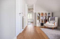 moderner Flur, Diele & Treppenhaus von Tarimas de Autor
