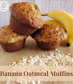 Banana Oatmeal Muffins - Older Mommy Still Yummy Banana Oatmeal Muffins - Older Mommy Still Yummy Recipe for tasty and tender Banana Oatmeal Muffins.<br> Recipe for tasty and tender Banana Oatmeal Muffins. Muffins Decorados, Banana Oatmeal Muffins, Banana Protein Muffins, Banana Chocolate Chip Muffins, Baked Banana, Banana Nut, Chocolate Cheesecake, Chocolate Chips, Healthy Muffins