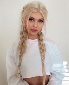 I just don't like this girl... but why is her hair style so pretty...