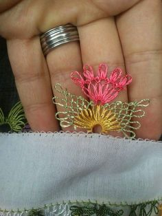 This Pin was discovered by Ali Needle Lace, Bobbin Lace, Needle And Thread, Tatting Patterns, Crochet Patterns, Crochet Unique, Types Of Lace, Viking Tattoo Design, Helly Hansen