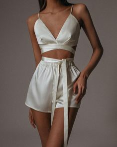 Lingerie Outfits, Women Lingerie, Ropa Interior Vintage, Mode Outfits, Fashion Outfits, Pretty Lingerie, Looks Vintage, Looks Style, Cute Casual Outfits