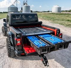Jeep Gladiator DECKED Truck Bed Storage System for the new 2020 Jeep Gladiator. Truck Flatbeds, Pickup Trucks, Decked Truck Bed, Truck Bed Storage, Tonneau Cover, Jeep Gladiator, Jeep Jk, Jeep Life, Cool Trucks