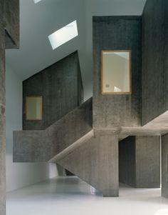 Casa dos Cubos / EMBAIXADA arquitectura