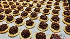Domáca majonéza pripravená bez vajec za 15 minút! Lepšia ako tá kupovaná! - snadnejidlo Baking Sheet, Mini Cupcakes, Quick Easy Meals, Chocolate Recipes, Christmas Cookies, Cheesecake, Oven, Food And Drink, Dishes