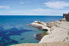 Cabo Dos Bahías,   Provincia de Chubut, Argentina