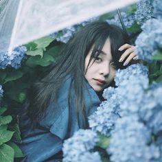 @hanacohan - Instagram:「. . . もうひとつの写真置場⇩ @ohanacohan . . #tokyocameraclub #東京カメラ部 #airy_pics #Lovers_NIPPON #Lovers_NIPPON_portrait #Lovers_NIPPON #ig_phos…」 Dreamy Photography, Portrait Photography, Fashion Photography, Aesthetic Photo, Aesthetic Girl, Pose Reference Photo, Aesthetic People, Japan Photo, How To Pose