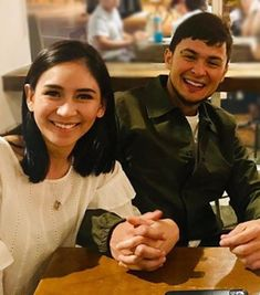 """Sarah Geronimo was spotted wearing a """"not too small"""" ring and this sparked new speculations that Matteo Guidicelli has already proposed to her. Big Rings, Small Rings, Geronimo, Celebrity Couples, Filipino, Taylor Swift, Cute Couples, Singer, Engagement Rings"""