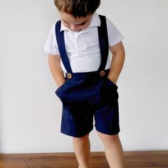 Boys Navy Blue Linen Pants with Suspenders - Toddler Shorts with Braces - Linen Page Boy Outfit - First Birthday Cake Smash Costume Short Bebe, Wedding Outfit For Boys, Costume Garçon, Suspenders For Boys, Rose Clothing, Clothing Ideas, Suspender Pants, Cake Smash Outfit, Page Boy