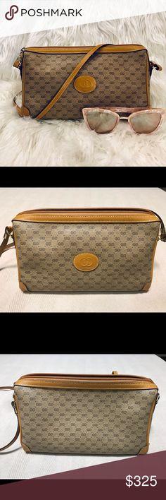 19817dff147e Vintage Gucci Crossbody Hand Bag This vintage Gucci crossbody has been  professionally authenticated. Slight wear