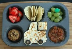 cute kiddo lunches....color, fun, nutrients and neat!