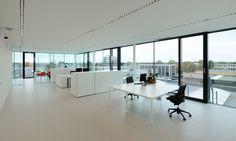 G-vloeren levert alle soorten maten kantoorvloeren. Uw gietvloer specialist.