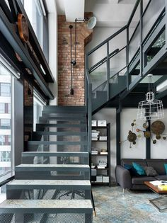 If you are into loft design, then you definitely need to check out this amazing loft apartment from Moscow! The two-story home was designed by Industrial Loft, Industrial Interiors, Industrial Lighting, Loft Store, Decor Interior Design, Interior Decorating, Lampe Gras, Loft Design, Stairways