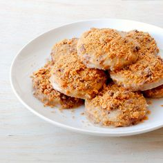 Delight Gluten Free Magazine   Recipes - Peanut Butter Crush Cookies  I'd use milk or dark chocolate instead of white. I just dont like white chocolate