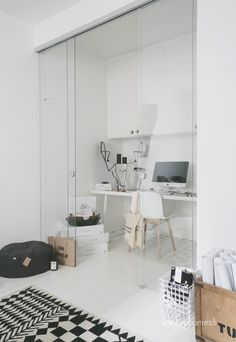 We love perfect white Finish homes! And this Home Office is one of those ones | See more inspirations and ideas for your office in http://www.bocadolobo.com/en/products/writing-desks.php