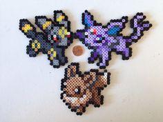 * Shinies disponibles sur demande. *  Fusible sprites de perle de Pokémon. Ces sprites adorables sont faites de perles fusible Perler et sont environ quatre pouces de large. Sprites sont référencées de nouveau Pokemon X & Y sprites de menu.  Ces peuvent être utilisés comme dessous de verre, accrochés sur le mur avec du mastic affiche ou collés à un réfrigérateur avec un aimant ajouter sur. Chacun deux est repassé sur les deux côtés pour plus de durabilité.  Sprites indiqués : Evoli Flareo...