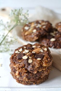 Peanut and chocolate no-bake cookies - The BEST COOKIES EVER!! || Cookies chocolat-cacahuète sans cuisson - Une vraie TUERIE ! --> www.lesrecettesdejuliette.fr