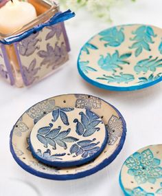 Clay Trinkets Crafts Beautiful, Sgraffito, Polymer Clay Creations, How To Find Out, How To Make, Free Pattern, Card Making, Tableware, Sweet