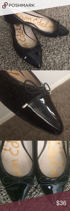 Sam Edelman black flats size 9.5 These Sam Edelman flats are like new! Black tweed and leather. Cute bows on toes. Very minor signs of wear! Sam Edelman Shoes Flats & Loafers